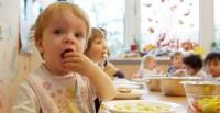 Themenbild_Kindergarten-Essen_dpa_35055475_700x360