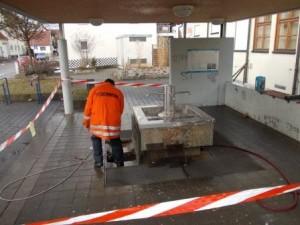 Wartungsarbeiten_Barbarossabrunnen (1)