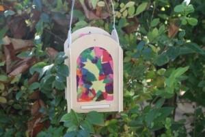 Laterne als Symbol zu St. Martin: Lichtbringer für Menschen in der Welt